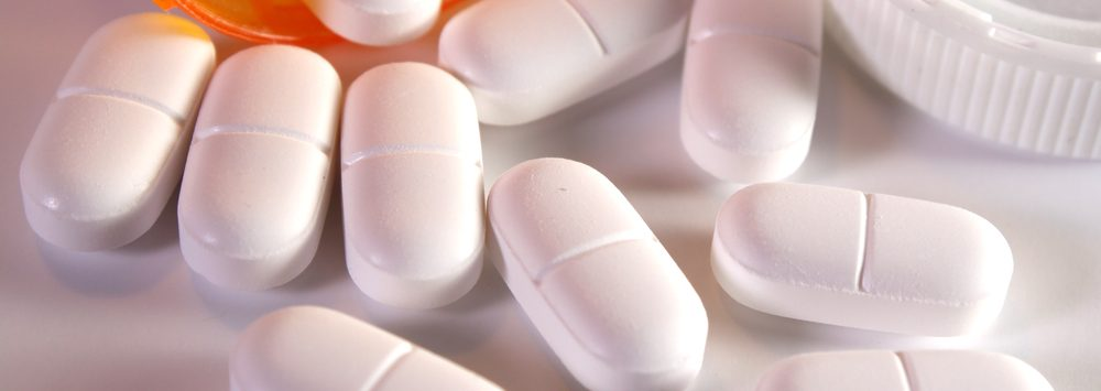 Vicodin Addiction: Symptoms, Signs, & Side Effects